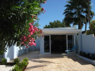 Lovely House with A/C and Television - Aruba vacation rentals
