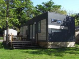 Nantes Camping TAOS Cottage - Nantes - Image 1 - Nantes - rentals