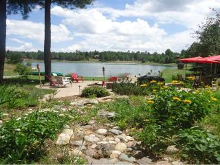 Charming Lake View Cottage Suite in Lake Side Acres Community - Flagstaff vacation rentals