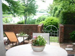 Prime Waterfront Condo on Lake Norman - 1st Floor - Pet Friendly - Boat Slip - 3 Bed 2 Bath - Lake Norman vacation rentals