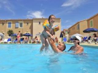 Mas des Arenes 2P4 - Baux de Provence- Mouries - Image 1 - Mouries - rentals