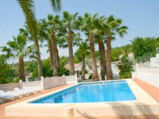 Finca Alhambra - spacious and characterful property in Benissa - Benissa vacation rentals