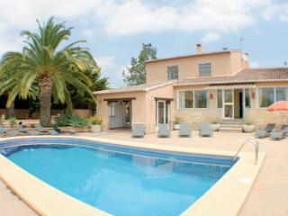 Finca Palacios - comfortable holiday accommodation in Benissa - Benissa vacation rentals