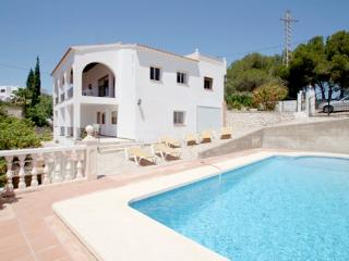 Kika - traditionally furnished detached villa with peaceful surroundings in Calpe - Calpe vacation rentals