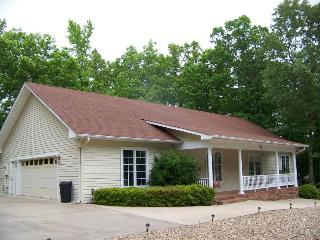 Comfortable House with Internet Access and A/C - Hot Springs Village vacation rentals