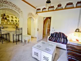 H 05 - Kafr El Gouna - 1 Bedroom - El Gouna vacation rentals