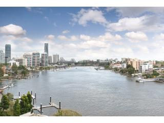River views & city views , cool north east aspect - Brisbane vacation rentals