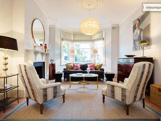 4 bed period home, Harvist Road, Queen's Park - London vacation rentals