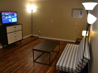 Great Space in Midtown off 15th near fairgrounds! - Tulsa vacation rentals