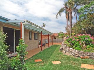 """Marazul """"Best Deal"""" Jervis Bay, Vincentia - Vincentia vacation rentals"""