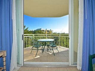 SAINT THOMAS SUITE #302 - 2/2 Condo w/ Pool & Hot Tub - Near Smathers Beach - Cudjoe Key vacation rentals