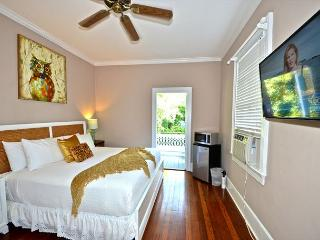 KEYLIME COTTAGE - 1 Block From All The Duval Action! Pvt Parking, Shared Pool - Key West vacation rentals