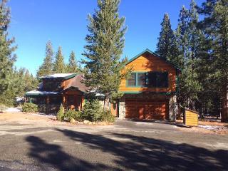Beautiful log cabin in South Lake Tahoe, #22 - South Lake Tahoe vacation rentals