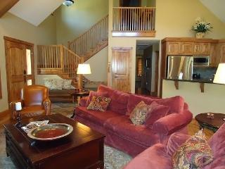 Lone Tree 12 4 Bedroom, 4 Bath Chalet - Sleeps 12! Great for Multi-Families. Pet Friendly. - Southwestern Idaho vacation rentals