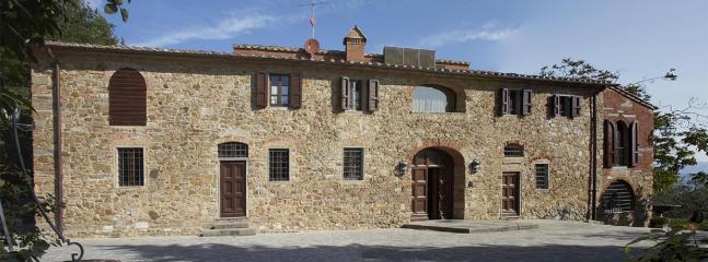 Villa Belle Vie Large villa to rent near Florence - Image 1 - Carmignano - rentals