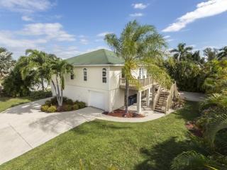 Hidden Treasure is your North End Vacation Dream Home -  Hidden Treasure - Fort Myers Beach vacation rentals