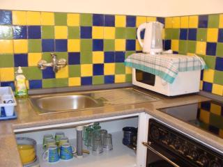 Comfortable 2 bedroom House in Molunat - Molunat vacation rentals