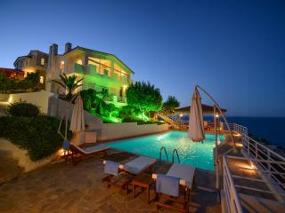 Lovely 3 bedroom Villa in Agia Pelagia - Agia Pelagia vacation rentals