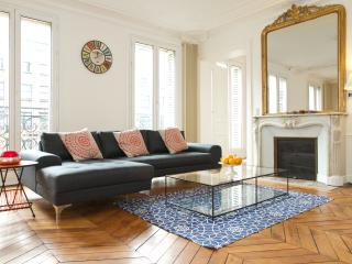 62. Spacious 3BR-Boulevard Saint Germain-Balcony - Paris vacation rentals