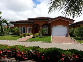 EcoVida Casa Noventa - Costa del Sol, Playa Bejuco - Puntarenas vacation rentals