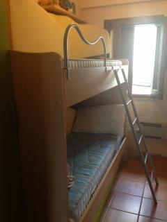 Cozy 2 bedroom Roccaraso Apartment with Short Breaks Allowed - Roccaraso vacation rentals