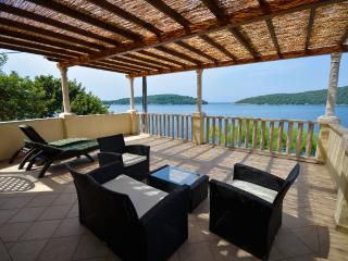 Luxury **** villa with grand terrace and panoramic sea view (1) - Molunat vacation rentals