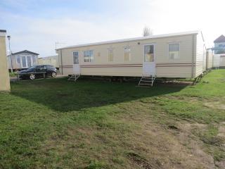 Seashore Jasmine 10006 - Close to the beach - Great Yarmouth vacation rentals