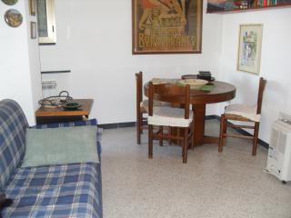 Cottage Surounded by olive trees and sea view - Lavagna vacation rentals