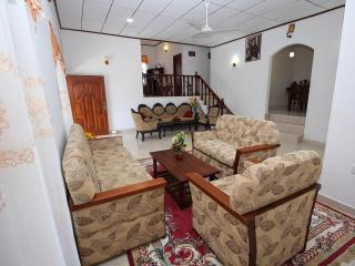 Beautiful 2 bedroom Vacation Rental in Dambulla - Dambulla vacation rentals