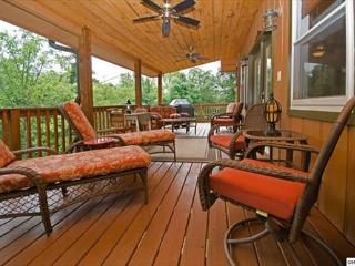 Cozy Getaway Chalet Off The Parkway - Sevierville vacation rentals