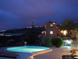 Appartement Rojo  Finca La Tosca - Playa San Juan vacation rentals