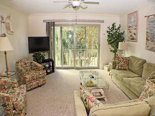 Surf Court 66 - Charming Townhouse - 1 block to the Beach - Hilton Head vacation rentals