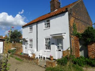 Weavers Cottage 5 Spinners Lane Southwold - Southwold vacation rentals