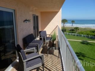 Gorgeous 2 Bedroom Cocoa Beach Condo with Ocean Views - Cocoa Beach vacation rentals