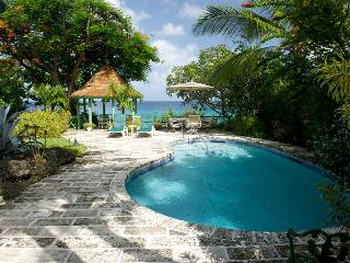 Senderlea at Derricks, Barbados - Beachfront, Pool, Oceanfront Gazebo - Saint James vacation rentals