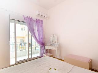 Fantastic apt 500m White Tower -10min from center - Macedonia Region vacation rentals