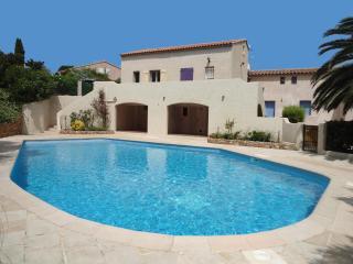 2 bedroom Villa with Internet Access in Saint-Aygulf - Saint-Aygulf vacation rentals