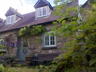 Nice Cottage with Satellite Or Cable TV and Outdoor Dining Area - Llandysul vacation rentals