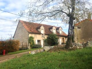 Nice House with Television and Central Heating - Paray Le Monial vacation rentals