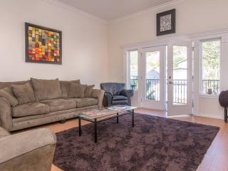 Near Pasadena/Rose Bowl Los Angeles: Room w/ Private Entry shared Home - Los Angeles vacation rentals