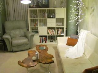 Fully Furnished Spacious Chic Corner Unit - Vancouver vacation rentals
