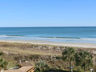 Wonderful House with A/C and Shared Outdoor Pool - Pawleys Island vacation rentals