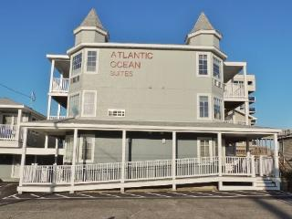Sand Castle Suite 4 - Gorgeous Second Floor Suite w/ Spectacular Ocean Views and Must Have Amenities Inside & Out - Saco vacation rentals