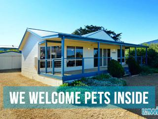 Unwind @ Pet Let 04 Beachwood Views - Goolwa vacation rentals