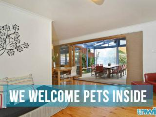Unwind @ Pet Let 05 Tropical Dream - Goolwa vacation rentals