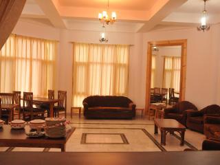 L R Heights Homestay in Shimla - Shimla vacation rentals