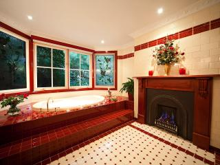 Mountain Whispers - Leura Rose Blue Mountains - Blackheath vacation rentals