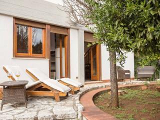 Lovely villa in Mondello, 300 mt from the sea - Mondello vacation rentals