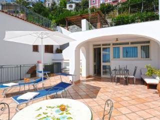 APPARTAMENTO SEASIDE - AMALFI COAST - Praiano - Praiano vacation rentals