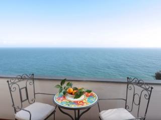 APPARTAMENTO ROSSO - AMALFI COAST - Praiano - Praiano vacation rentals